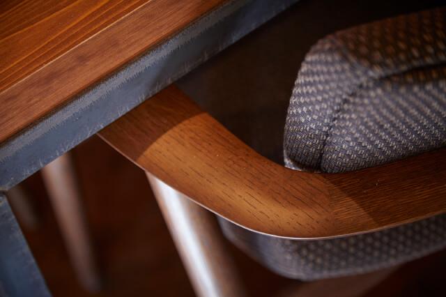 曲げ木の椅子 イメージ3